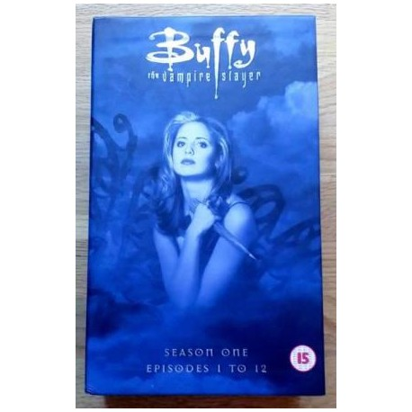Buffy The Vampire Slayer - Sesong 1 - Episode 1-12 (VHS)