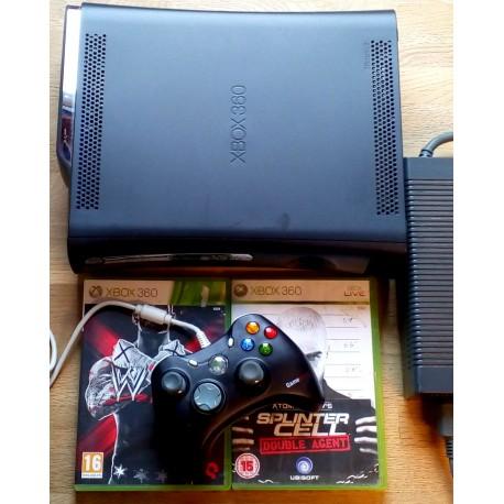 Xbox 360 Elite: Konsoll med to spill og 120 GB HDD