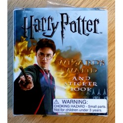Harry Potter Wizard's Wand and Sticker Book - Komplett i eske