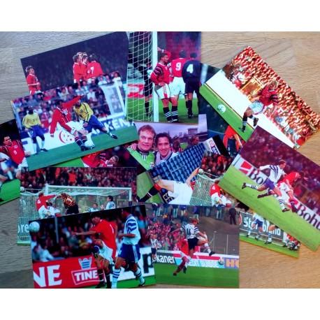 Postkort: 15 x postkort med bilder fra 90-tallets landslag i fotball