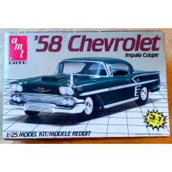 1958 Chevrolet Impala Coupe Model Kit AMT / Ertl 1/25 -Byggesett