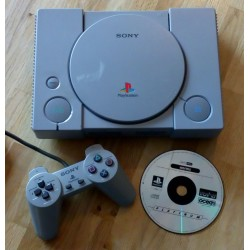 Playstation 1: Komplett spillkonsoll med spill