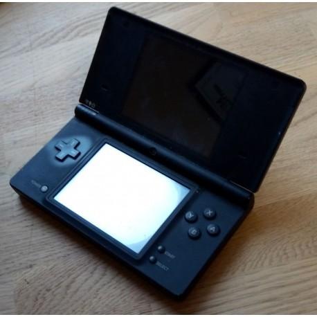 Nintendo DSi: Sort konsoll