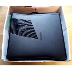 Xbox 360 Slim med 250 GB HD - Komplett konsoll i eske
