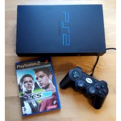 Playstation 2: Komplett konsoll med Pro Evolution Soccer 2008