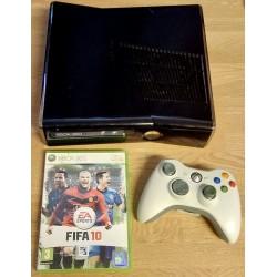 Xbox 360 S - 250 GB lagring - Komplett med FIFA 10