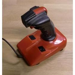 Joystick: Rød stake med flere knapper