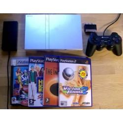 Playstation 2 Slim: Konsoll med spill i sølv