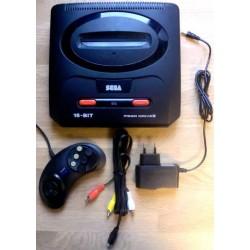 SEGA Mega Drive II: Konsoll med utstyr - Pakke 3