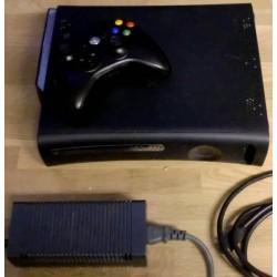 Xbox 360: Komplett konsoll med 120 GB HD
