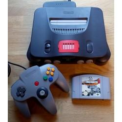Nintendo 64: Komplett konsoll med ekstra minne og spill