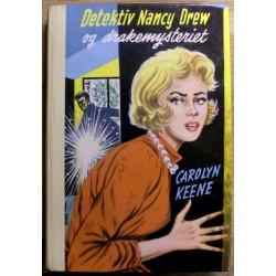 Carolyn Keene: Detektiv Nancy Drew og drakemysteriet - Nr. 38